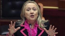 Sekretarja Clinton, mesazh popullit shqiptar për 100-vjetorin e pavarësisë