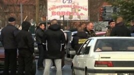Serbët e Veriut të Kosovës bllokojnë rrugët