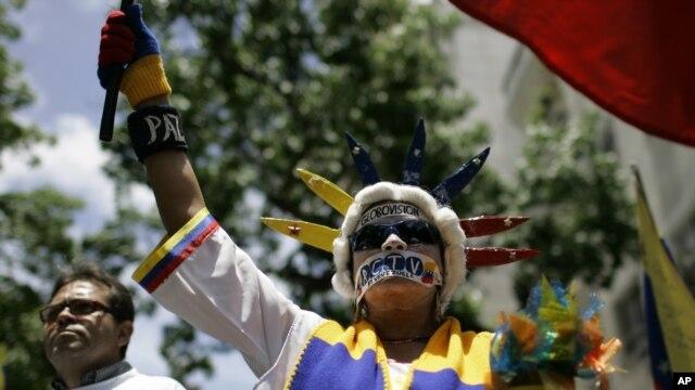 Con protesta ciudadana Globovisión pagó embargo 3E0B93F6-4660-493A-B5D3-F08C9928EF22_w640_r1_s
