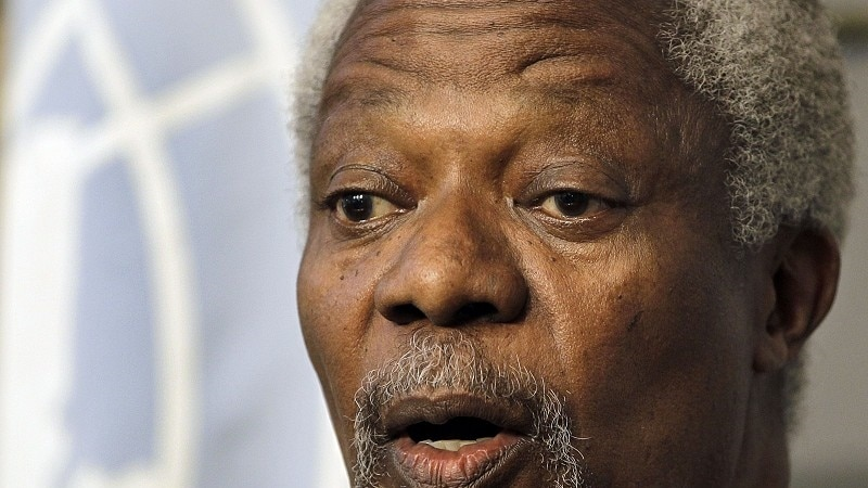 Annan Warns of Loomin