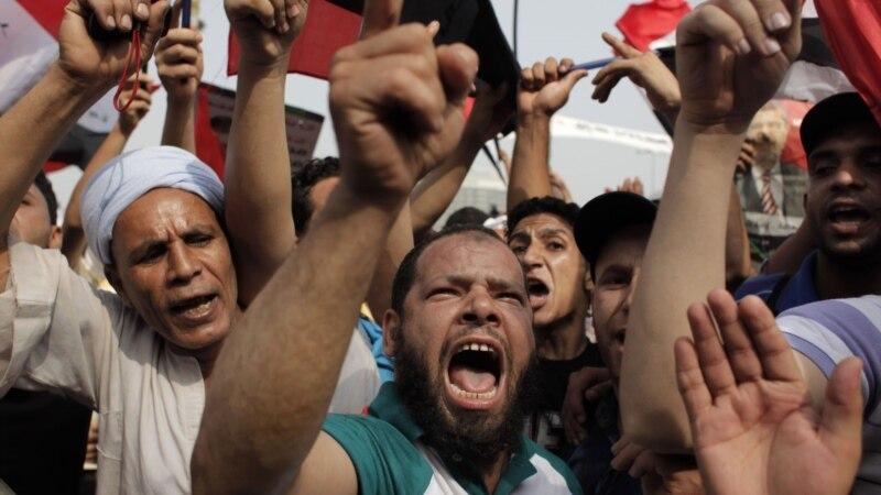 Egypt rivals claim presidency as army tightens grip