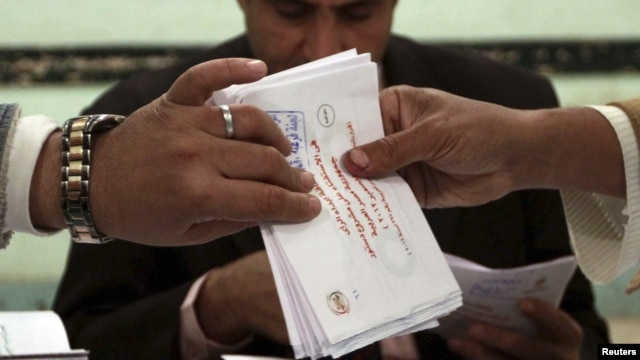 Muslim Brotherhood: Egyptians Approve New Constitution