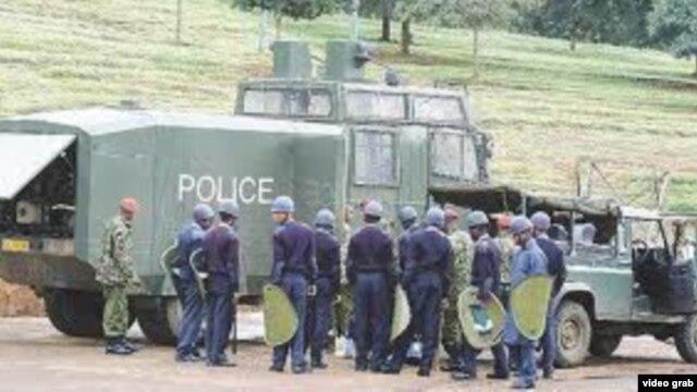 Persona të armatosur në Kenia vranë 34 policë
