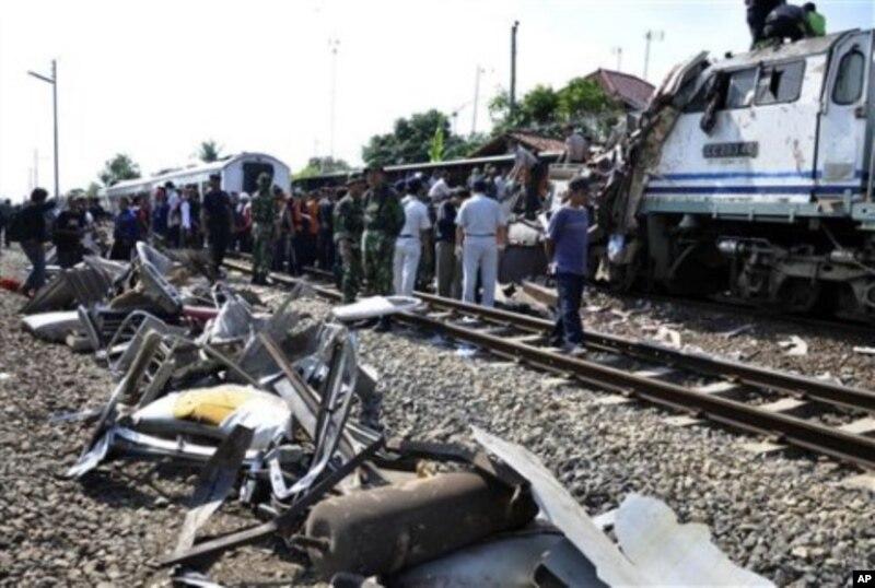 burma train crash